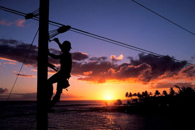 電気自動車、ポイプビーチ、カウアイ、ハワイ