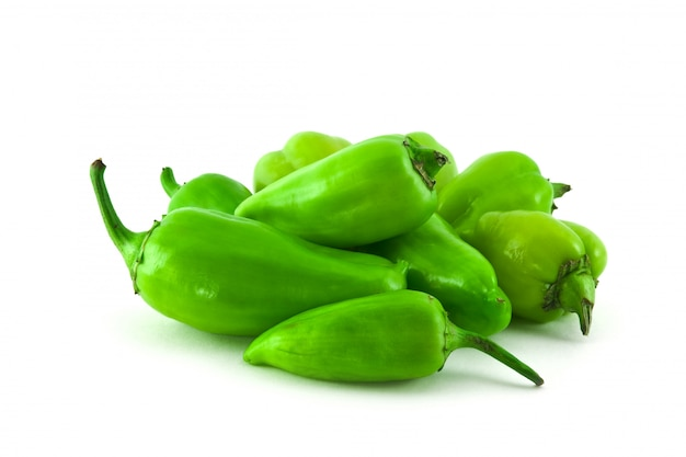 Куча зеленых перцев