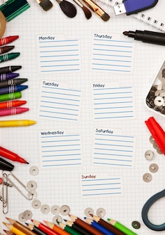 Пустое школьное расписание на неделю