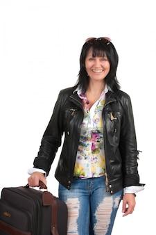 Брюнетка с чемоданом