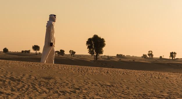 Араб в пустыне