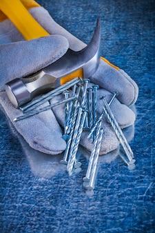 Защитные перчатки разнообразных строительных гвоздей и гвоздодеров