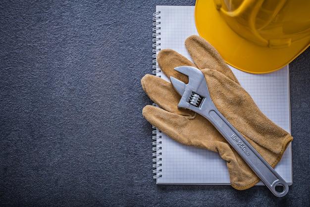 Защитная перчатка с регулируемым гаечным ключом для ноутбука, концепция строительства