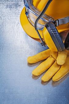 Защитные очки строительный шлем защитные перчатки наушники, концепция строительства