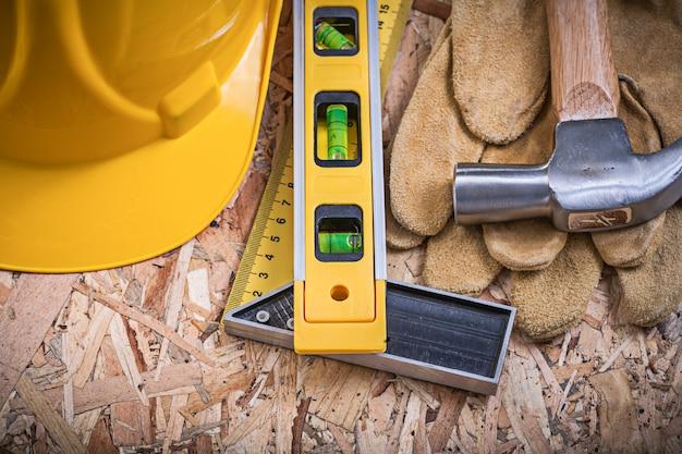 Квадратная линейка строительный уровень молоток плотничный строительный шлем кожаные перчатки