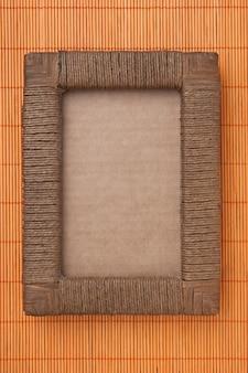 Фоторамка на фоне коврика