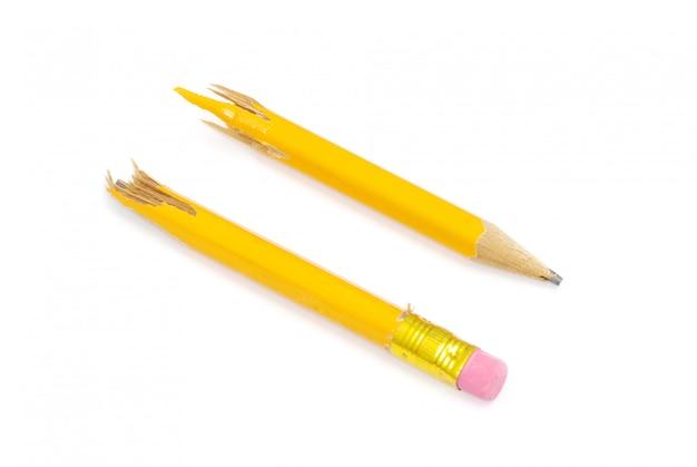 Сломанный карандаш, две половинки