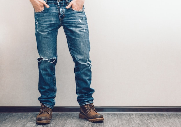 Мужские ноги