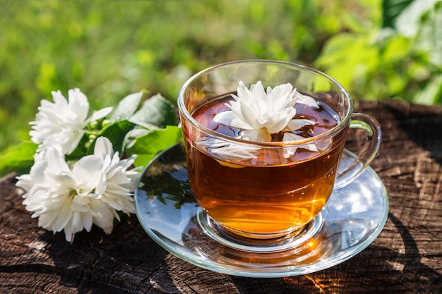 Чай с жасмином.