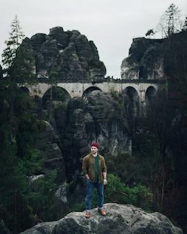 Мост бастай в саксонской швейцарии осенью, германия