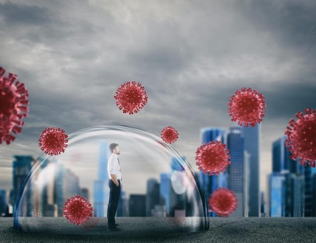 彼をウイルスから保護するシールドドーム内のビジネスマン。保護と安全のコンセプト