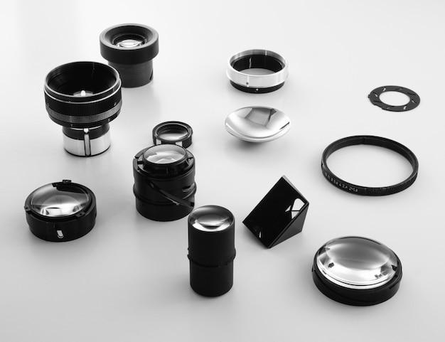 写真レンズの光学部品を備えたシンプルなコンセプト