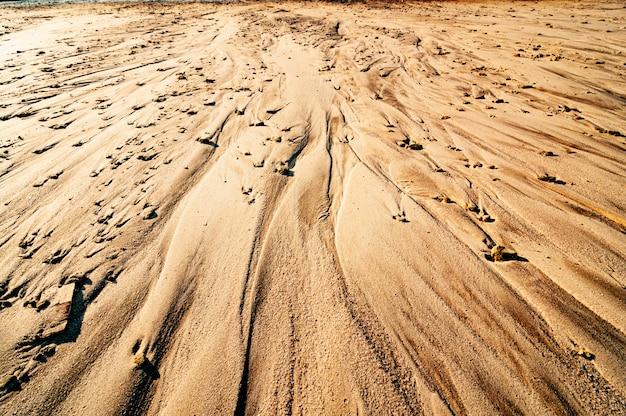 Мокрая грязь, зрелая фоновая текстура