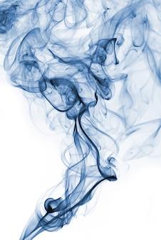 白地に芳香族棒から青い抽象的な煙。
