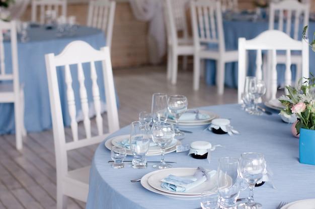 結婚式の宴会場