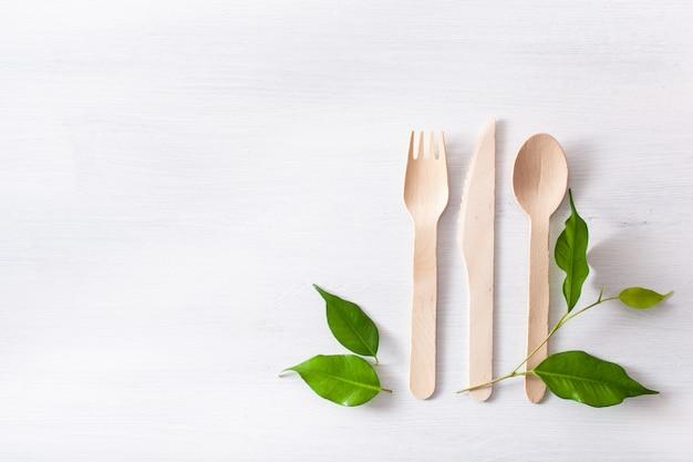 環境にやさしい木製カトラリー。プラスチック無料コンセプト