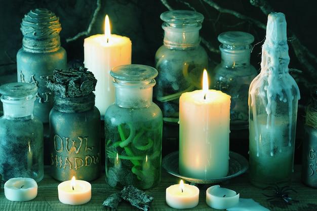 Ведьма аптекарь баночки магические зелья книга хэллоуин украшения