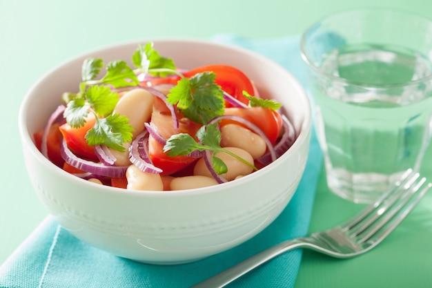 白豆玉ねぎコリアンダーのヘルシートマトサラダ