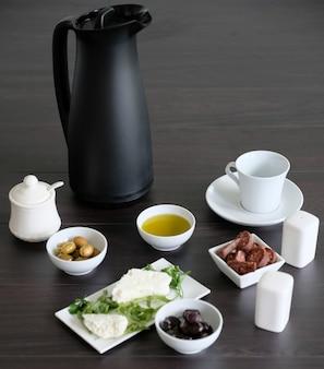 Простой и легкий завтрак со здоровыми ингредиентами