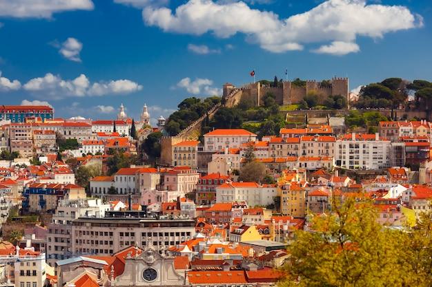 Исторический центр лиссабона в солнечный день, португалия