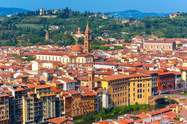 イタリア、フィレンツェのオルトラルノとサントスピリト