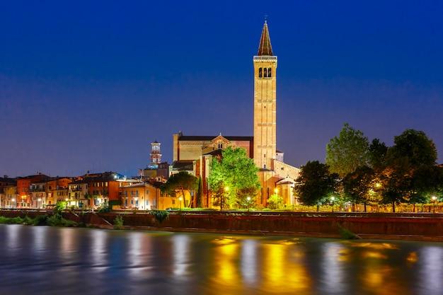 Набережная реки адидже в вероне, италия