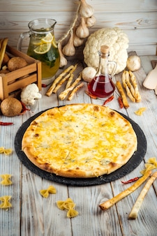 Сыр пицца пармезан дор блю моцарелла и гауда