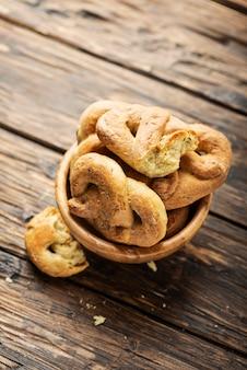 Традиционный итальянский хлеб таралли