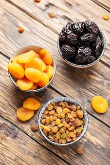 ドライフルーツと健康的な食事の概念