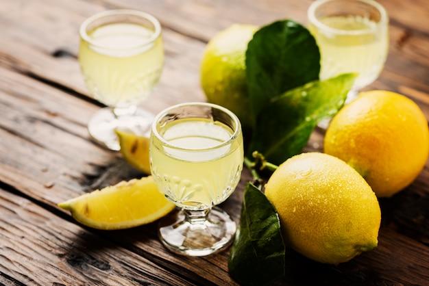 Итальянский типичный пищеварительный лимончелло