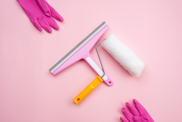 修理用のウィンドウクリーニングブラシとローラー、ゴム手袋