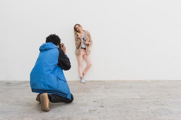 若い写真撮影