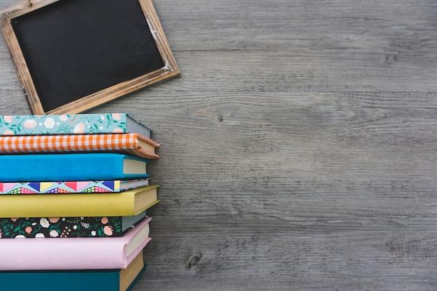 Композиция с книгами и чистым слайдом