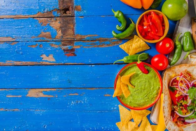Мексиканская пищевая композиция с левым пространством для копирования