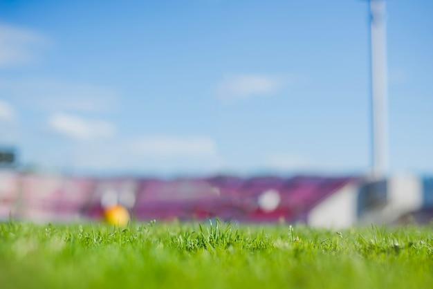 ぼやけたサッカースタジアム