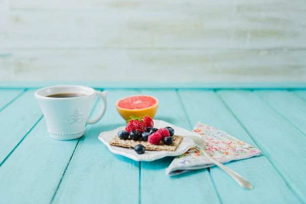 Ягоды для здорового завтрака
