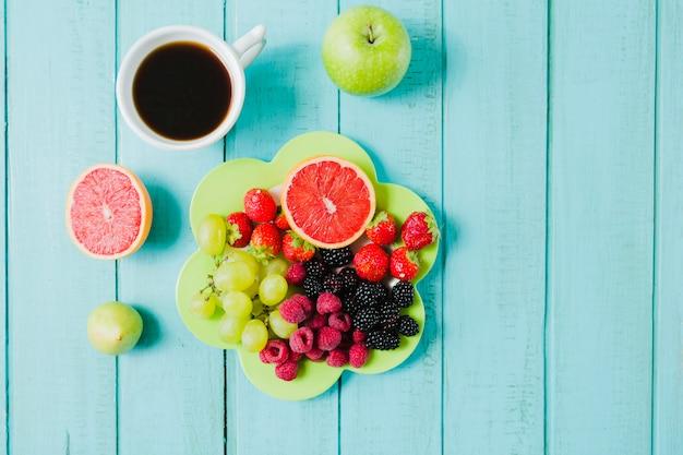 Фрукты для здорового завтрака