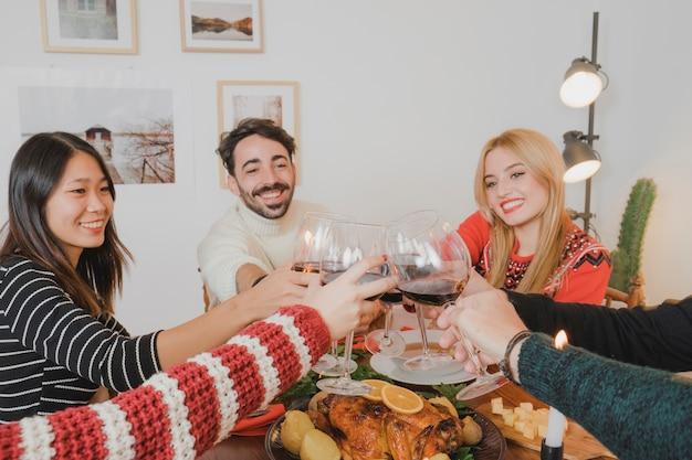ワインとクリスマスディナーのコンセプト