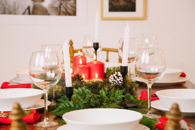 Стол для рождественского ужина
