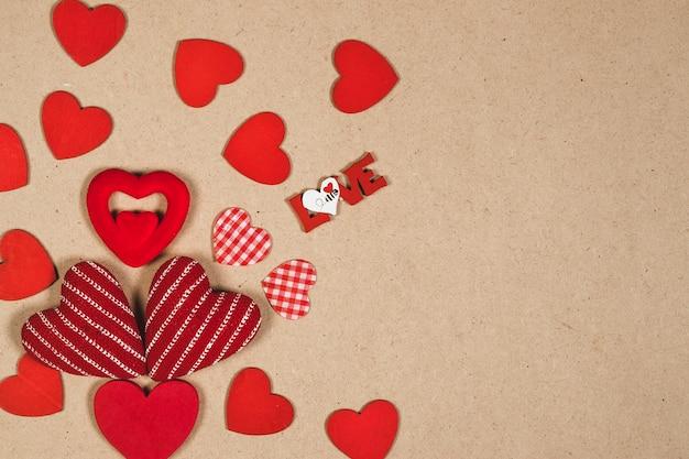 Любовь, сочиняя близких сердец