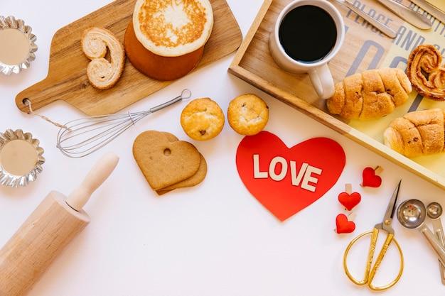 Симпатичное сердце и приятный завтрак