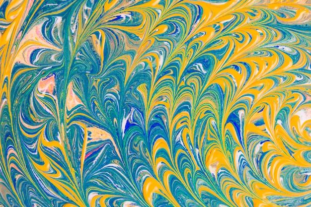 Желтая и синяя волнистая абстракция
