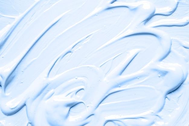 青い塗料の厄介なストローク