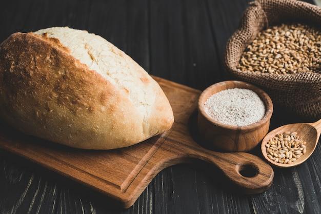 健康的なパンと小麦粉の組成
