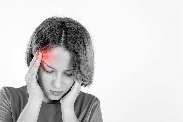 片頭痛のある女性