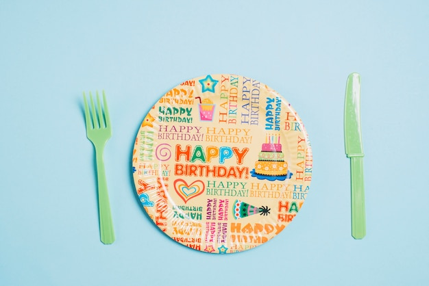 День рождения и столовые приборы