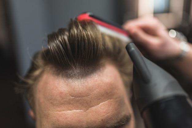 作物クライアントの理髪スタイリングヘア