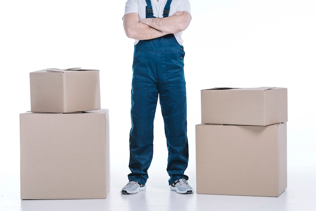 パッケージ間の配送人の切り取り