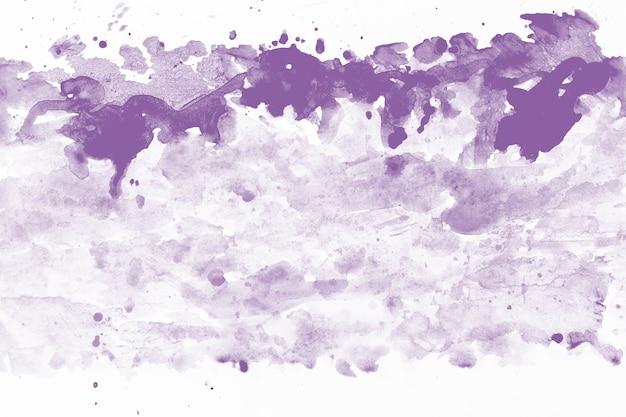 Брызги лилового акварели