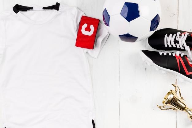 クリエイティブなサッカーの構成